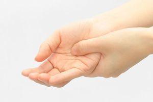 手根管症候群(手のしびれ)の画像